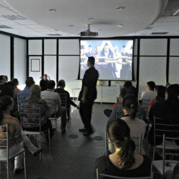 Palestra sobre Motivação com o mágico Paul&Jack na Souza Cruz, em Porto Alegre