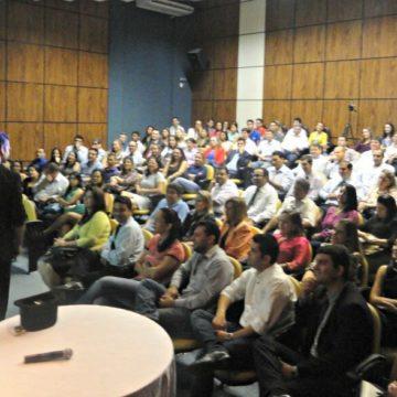 Palestra sobre Vendas em Palmas Tocantins para o Banco do Brasil com Palestrante e Mágico Paul&Jack